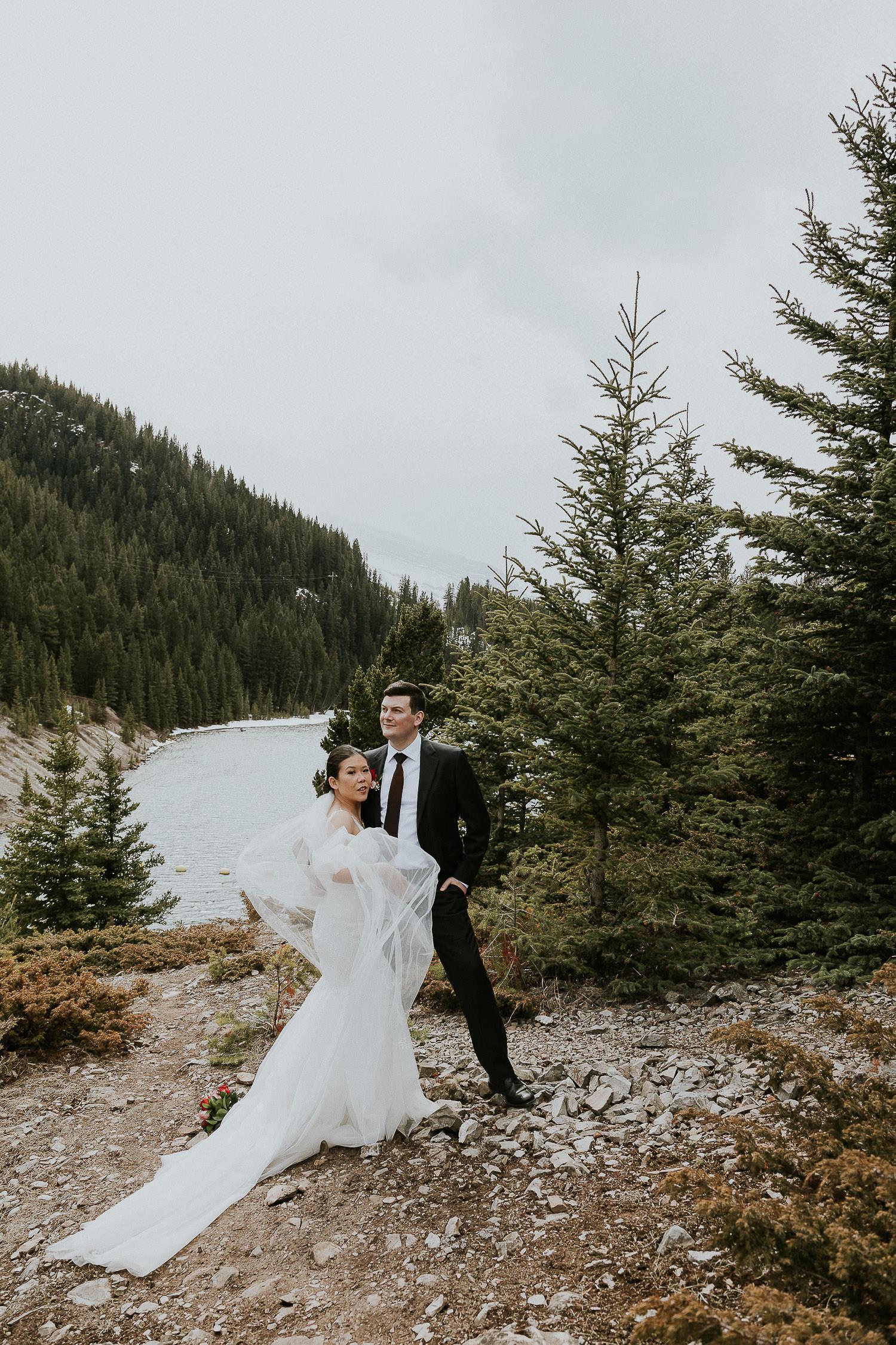 intimate-wedding-at-banff-springs-hotel-sarah-pukin-0138
