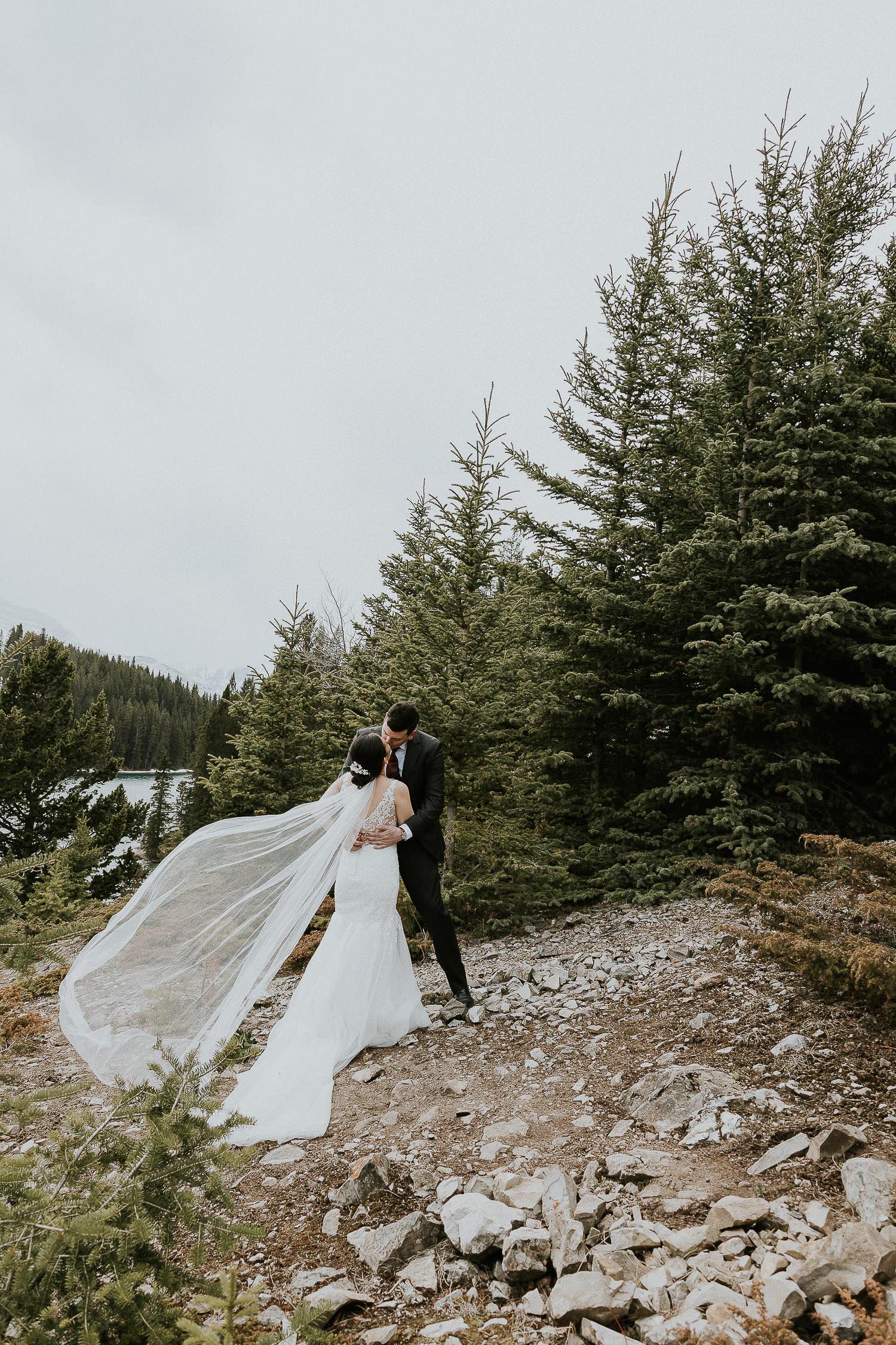 intimate-wedding-at-banff-springs-hotel-sarah-pukin-0140