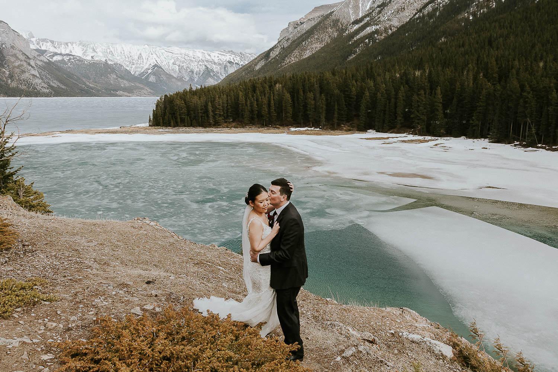 intimate-wedding-at-banff-springs-hotel-sarah-pukin-0148