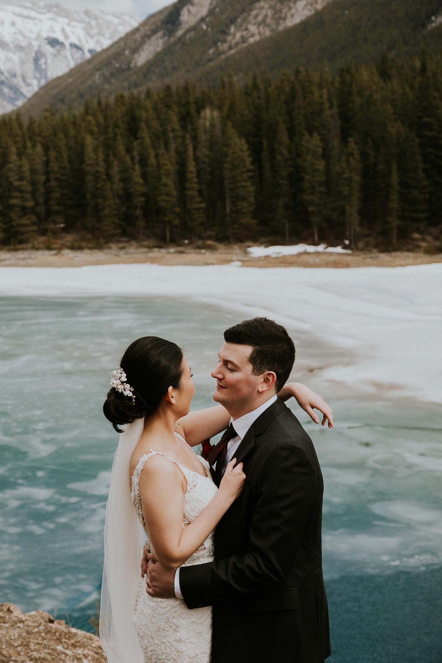 intimate-wedding-at-banff-springs-hotel-sarah-pukin-0151