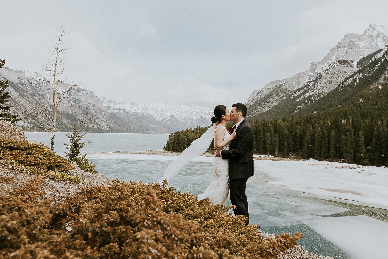 intimate-wedding-at-banff-springs-hotel-sarah-pukin-0153
