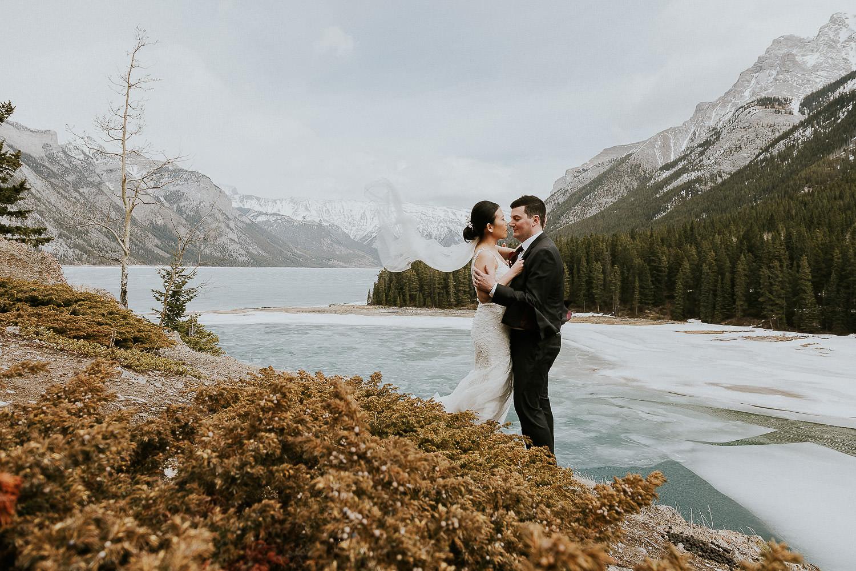 intimate-wedding-at-banff-springs-hotel-sarah-pukin-0154