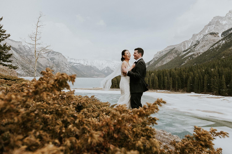 intimate-wedding-at-banff-springs-hotel-sarah-pukin-0155