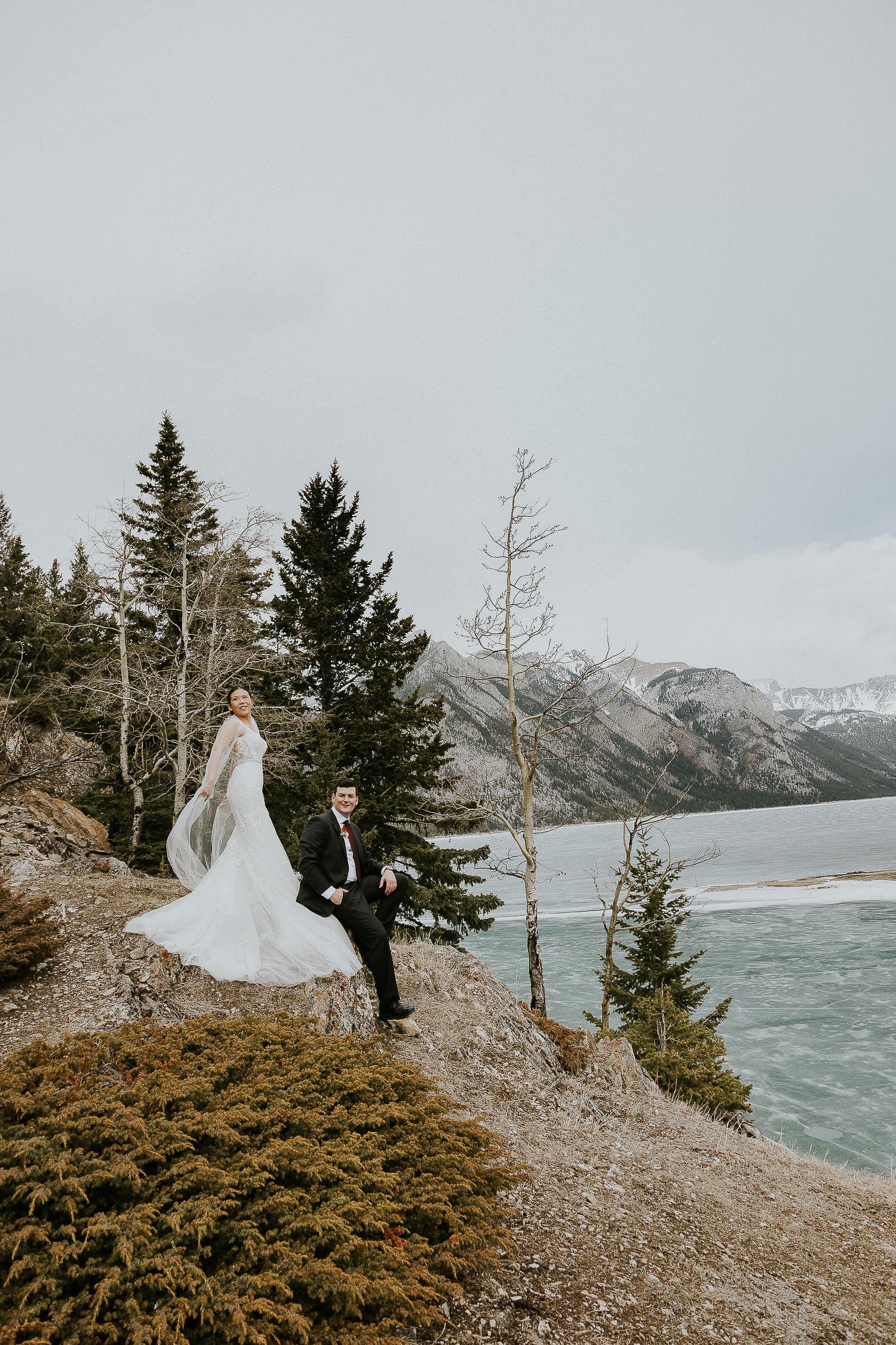 intimate-wedding-at-banff-springs-hotel-sarah-pukin-0158