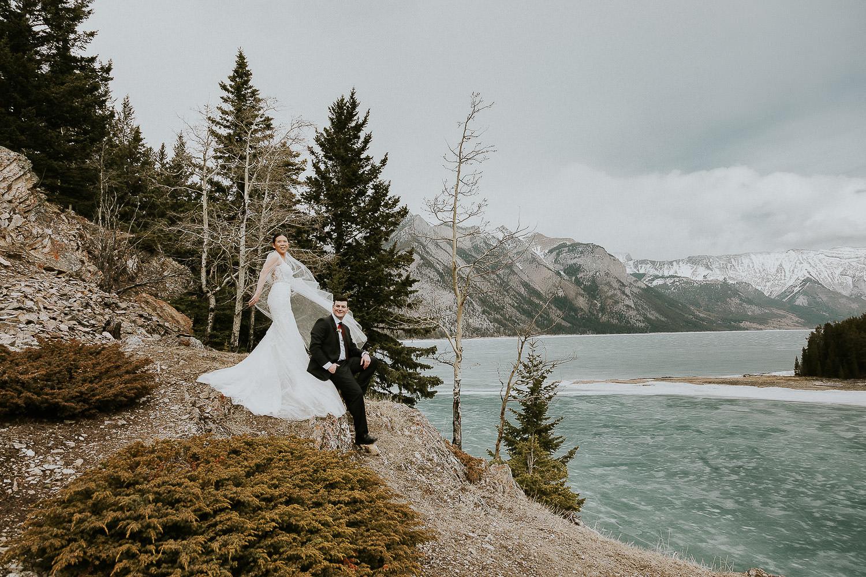 intimate-wedding-at-banff-springs-hotel-sarah-pukin-0159