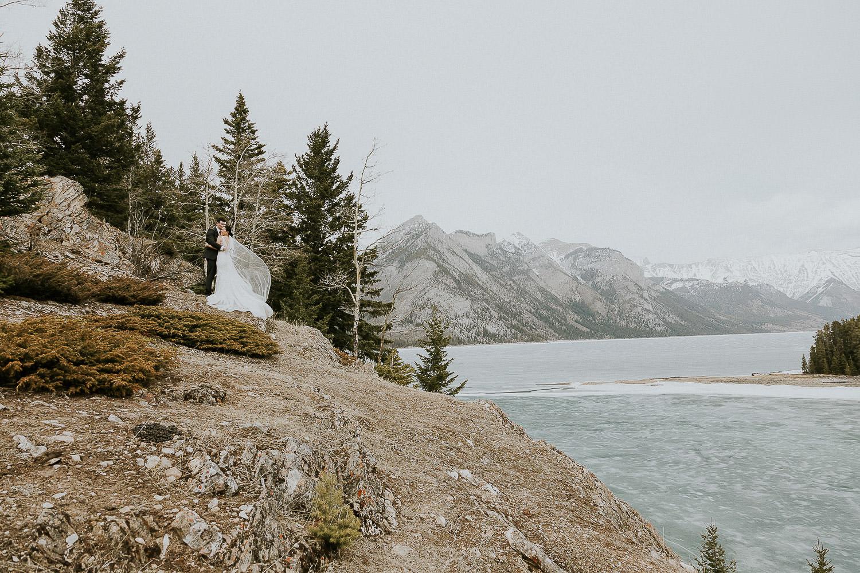 intimate-wedding-at-banff-springs-hotel-sarah-pukin-0162