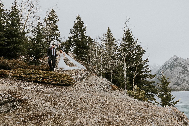 intimate-wedding-at-banff-springs-hotel-sarah-pukin-0163
