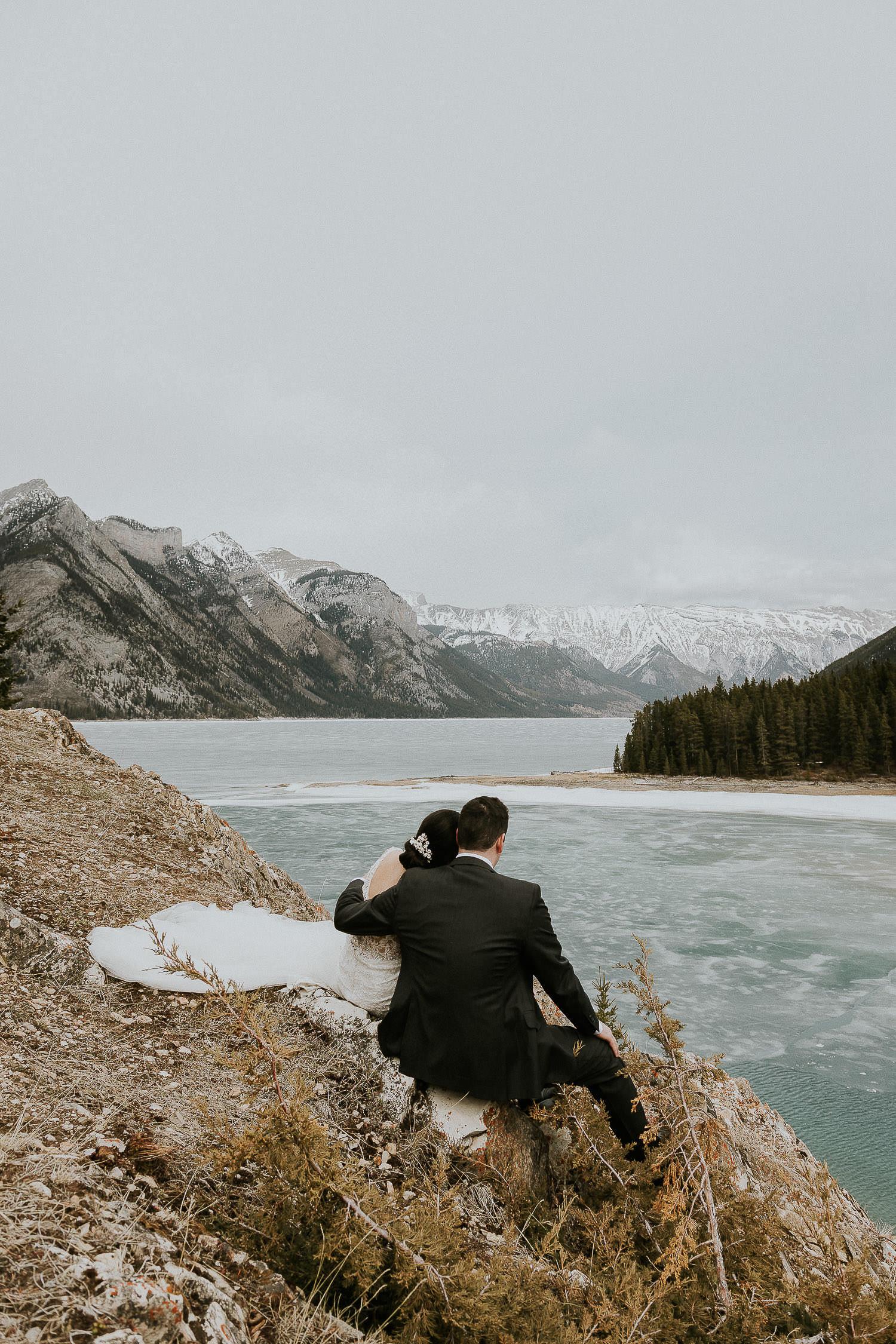 intimate-wedding-at-banff-springs-hotel-sarah-pukin-0165