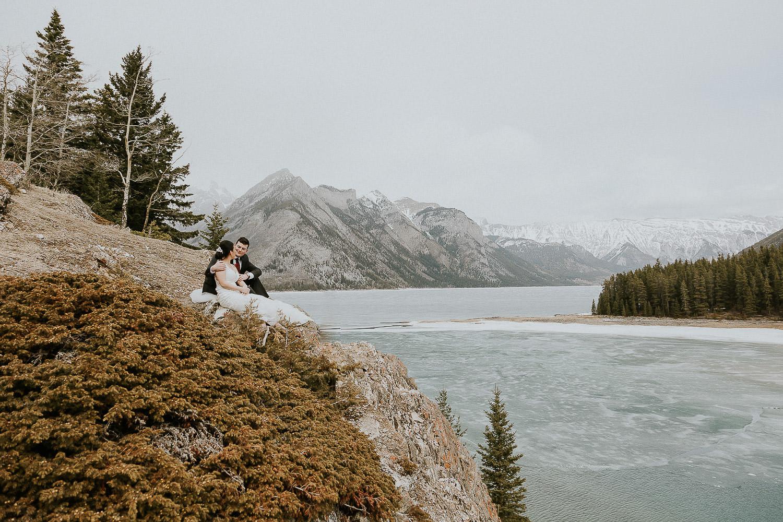 intimate-wedding-at-banff-springs-hotel-sarah-pukin-0166
