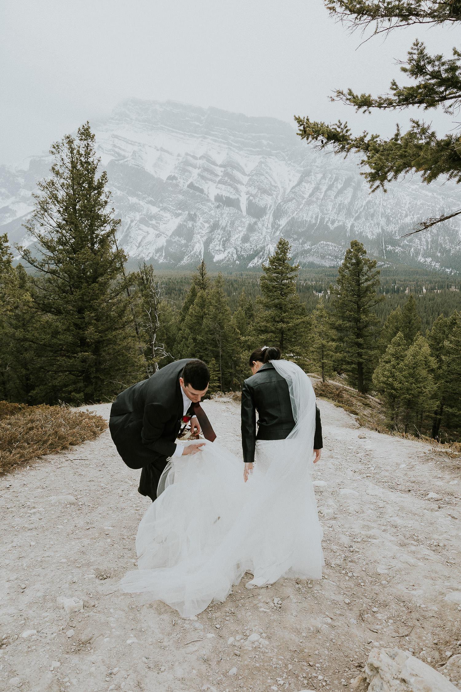 intimate-wedding-at-banff-springs-hotel-sarah-pukin-0168