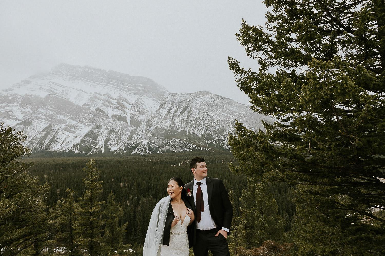 intimate-wedding-at-banff-springs-hotel-sarah-pukin-0173