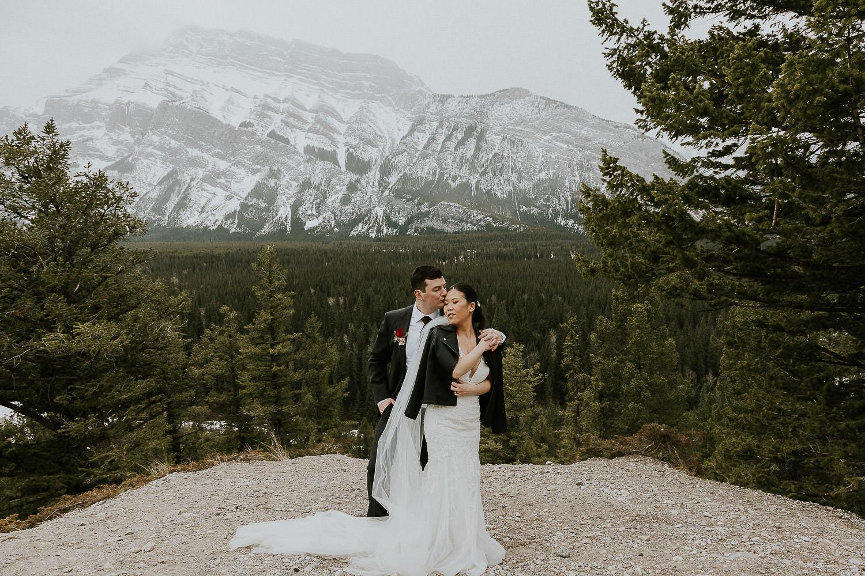 intimate-wedding-at-banff-springs-hotel-sarah-pukin-0174