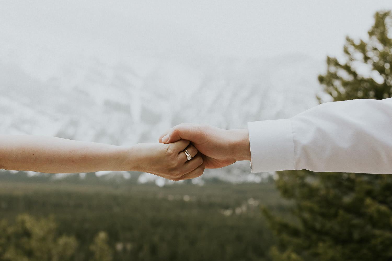 intimate-wedding-at-banff-springs-hotel-sarah-pukin-0177