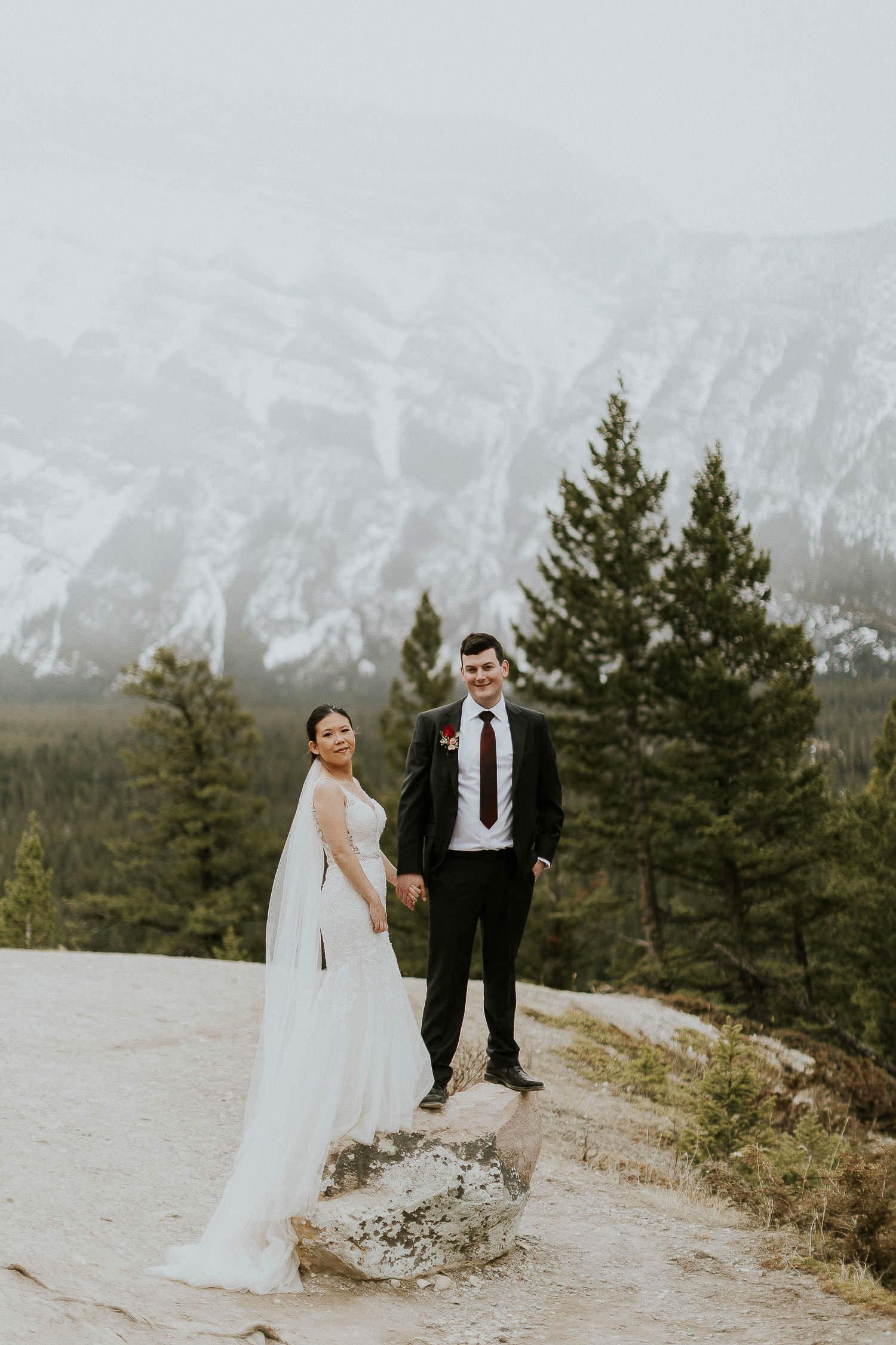 intimate-wedding-at-banff-springs-hotel-sarah-pukin-0179