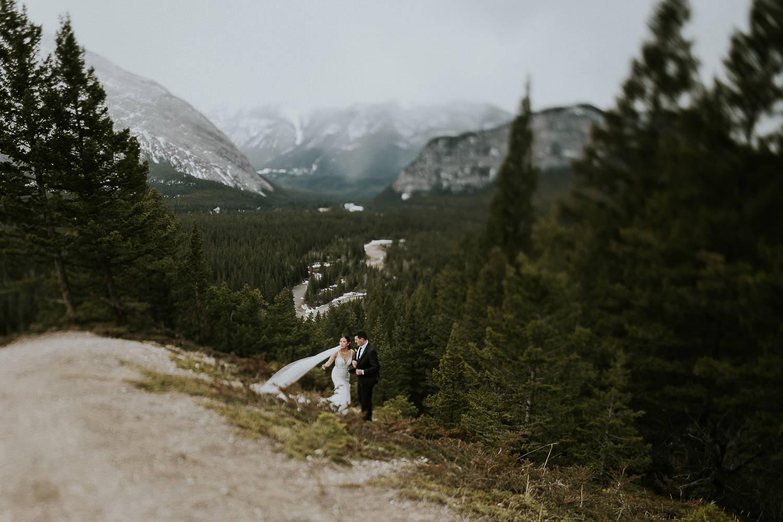 intimate-wedding-at-banff-springs-hotel-sarah-pukin-0186