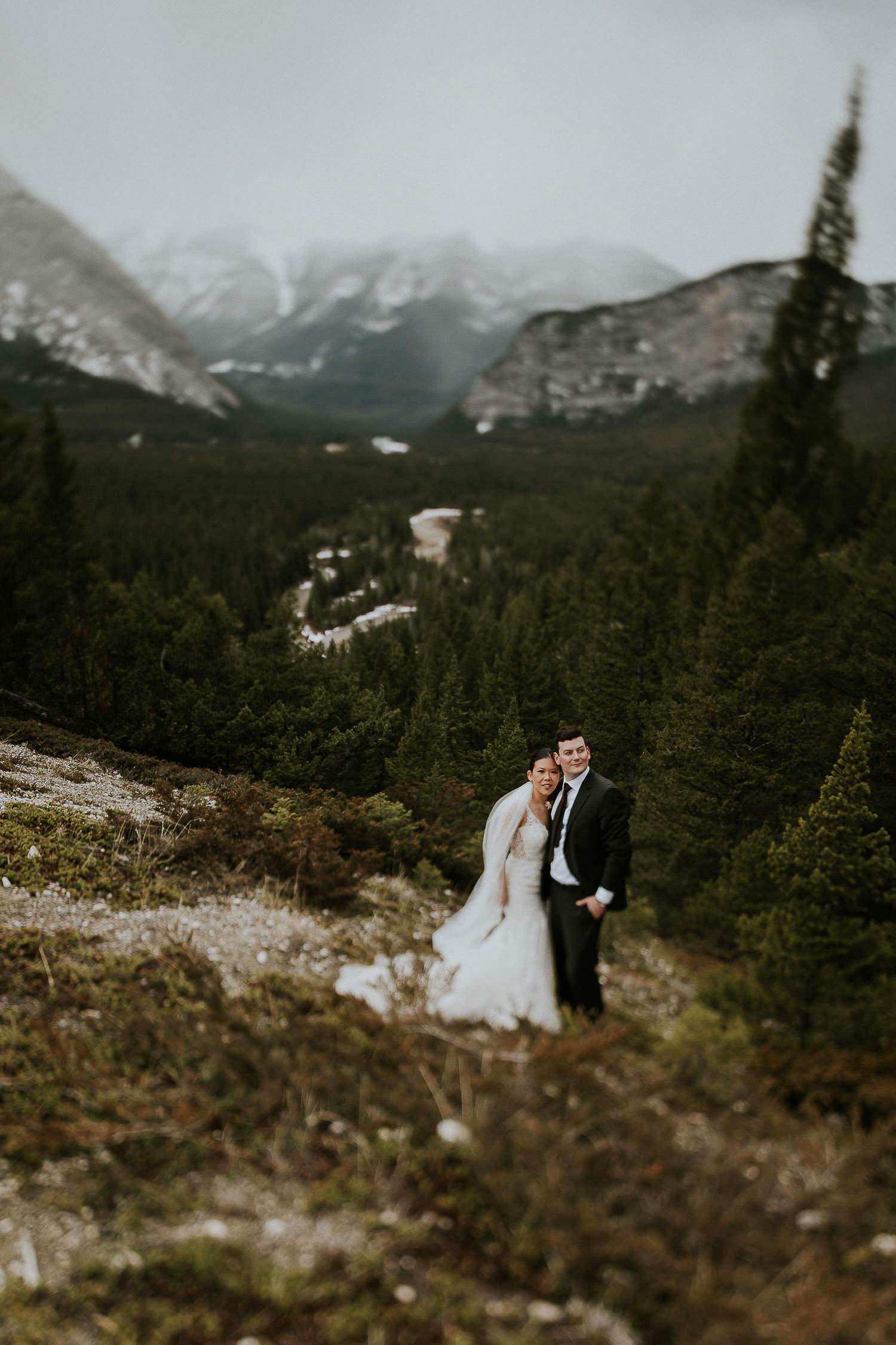 intimate-wedding-at-banff-springs-hotel-sarah-pukin-0187