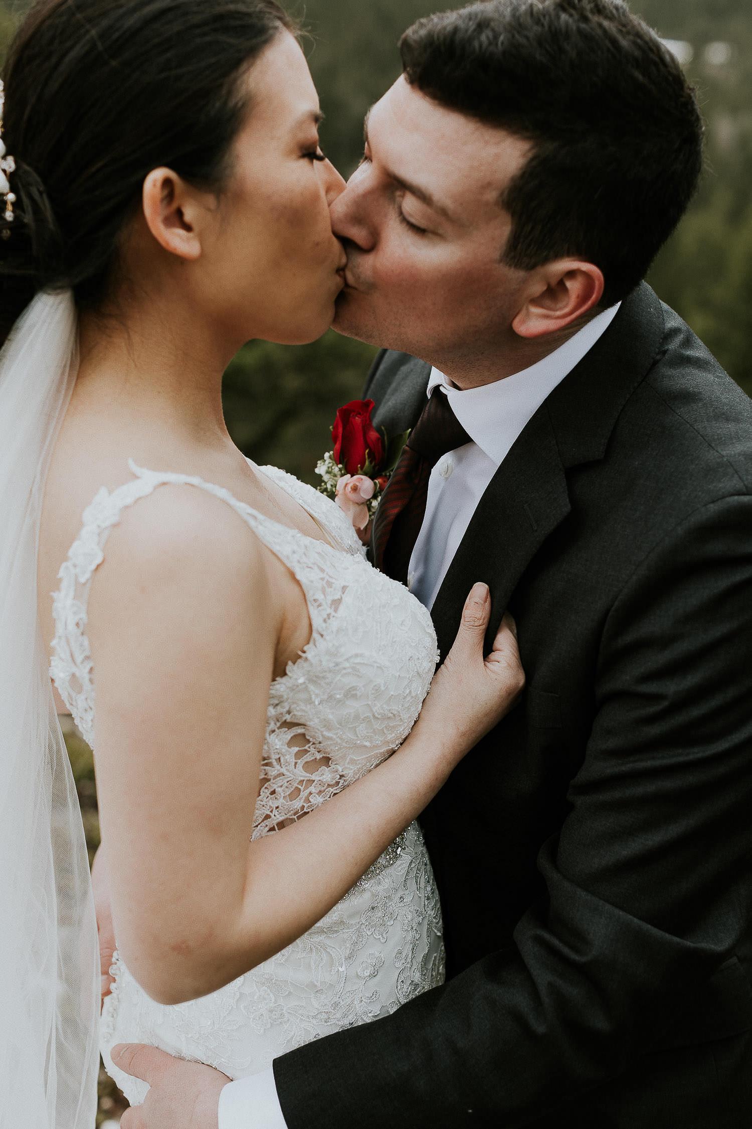 intimate-wedding-at-banff-springs-hotel-sarah-pukin-0189