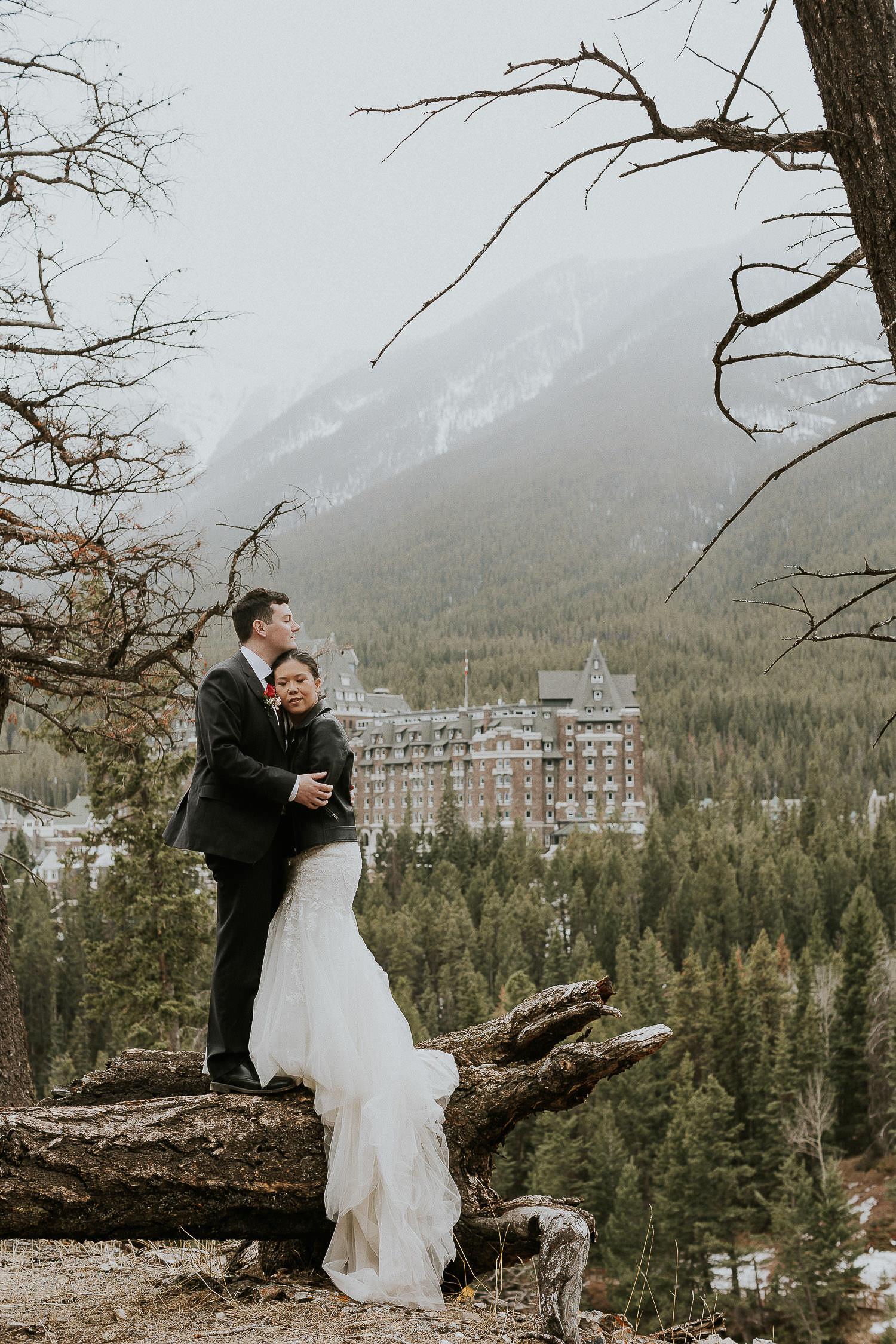 intimate-wedding-at-banff-springs-hotel-sarah-pukin-0194