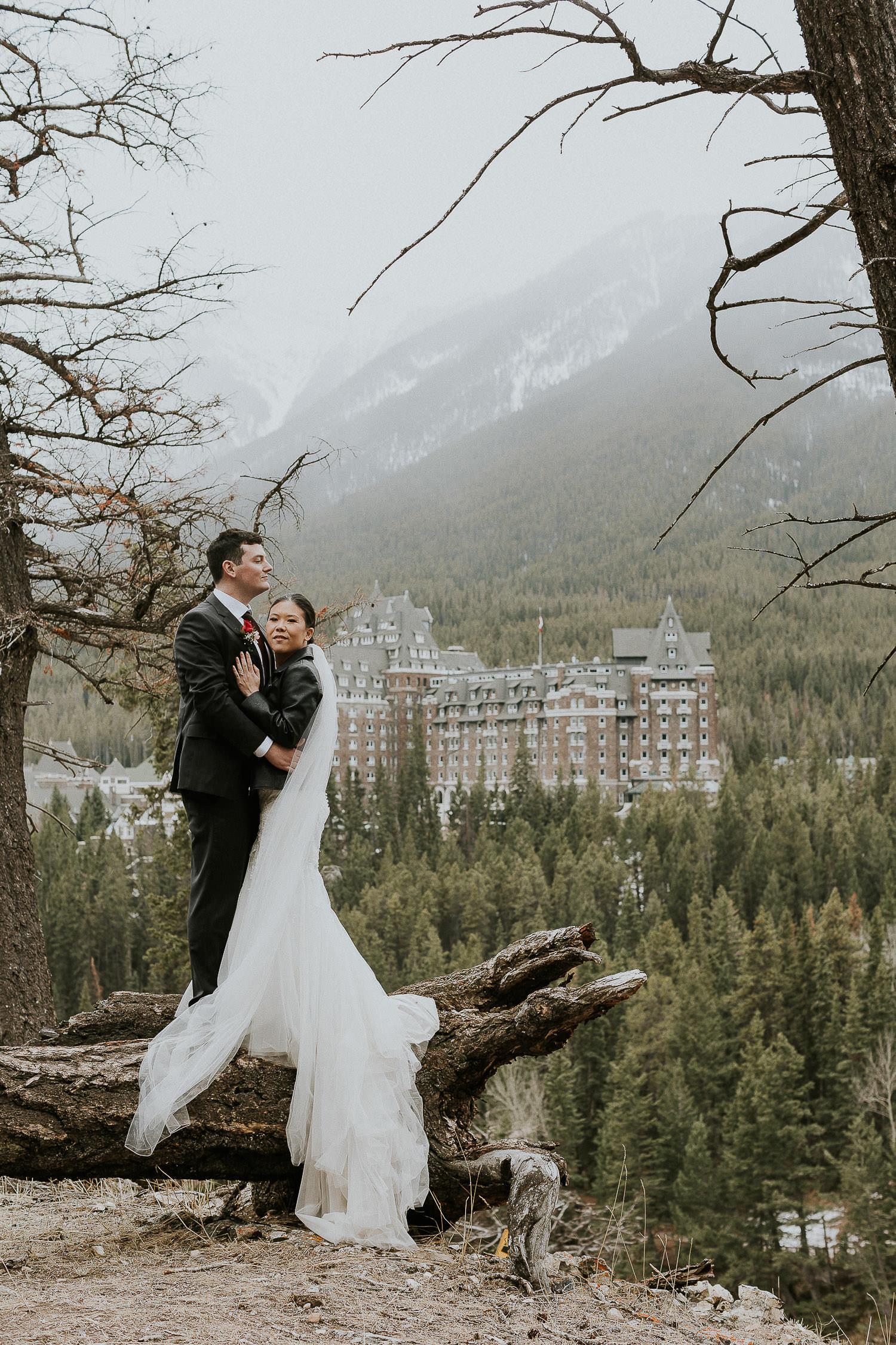 intimate-wedding-at-banff-springs-hotel-sarah-pukin-0195