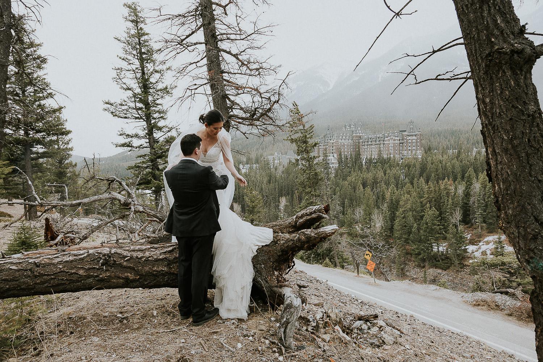 intimate-wedding-at-banff-springs-hotel-sarah-pukin-0199