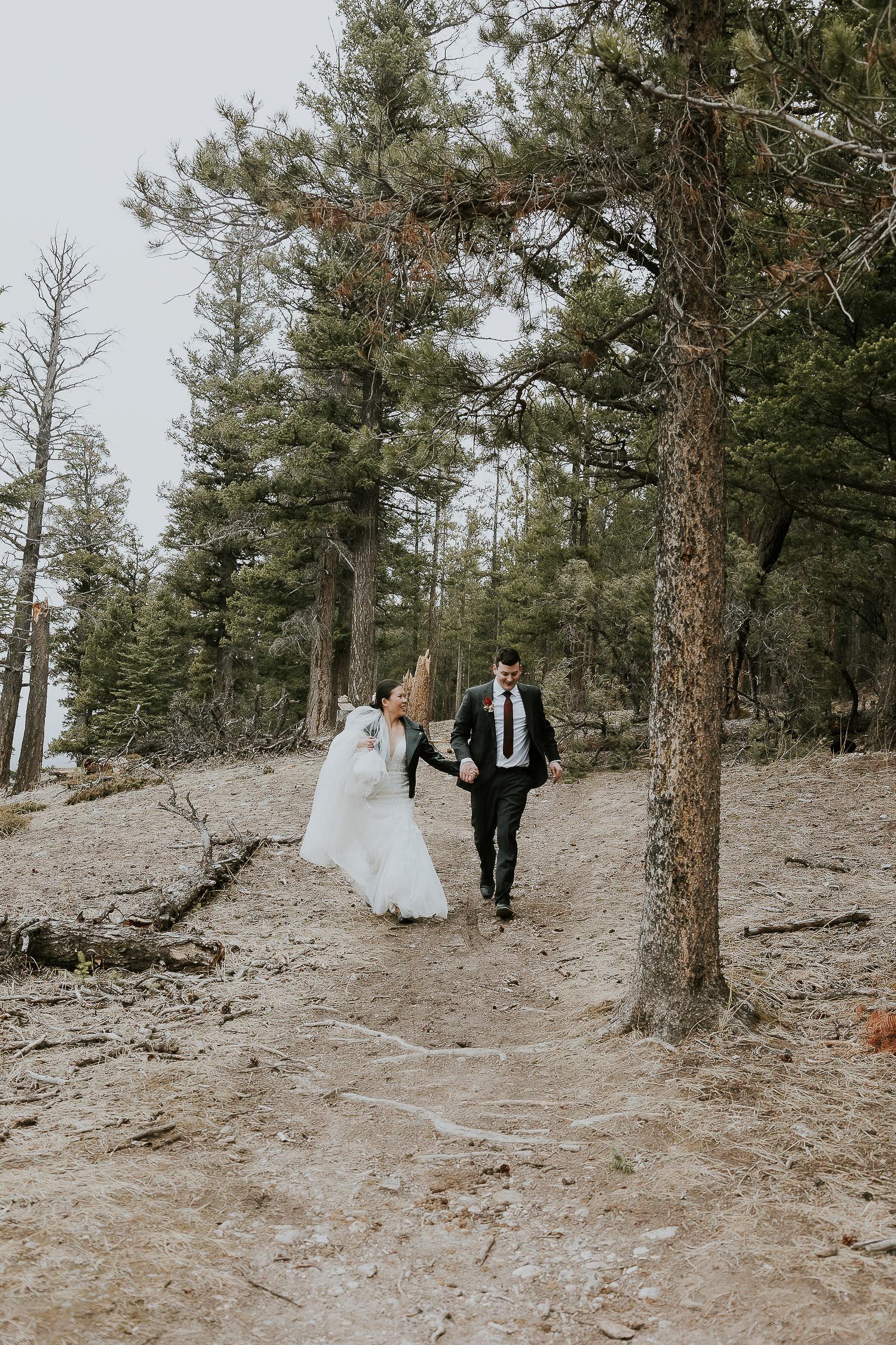 intimate-wedding-at-banff-springs-hotel-sarah-pukin-0201