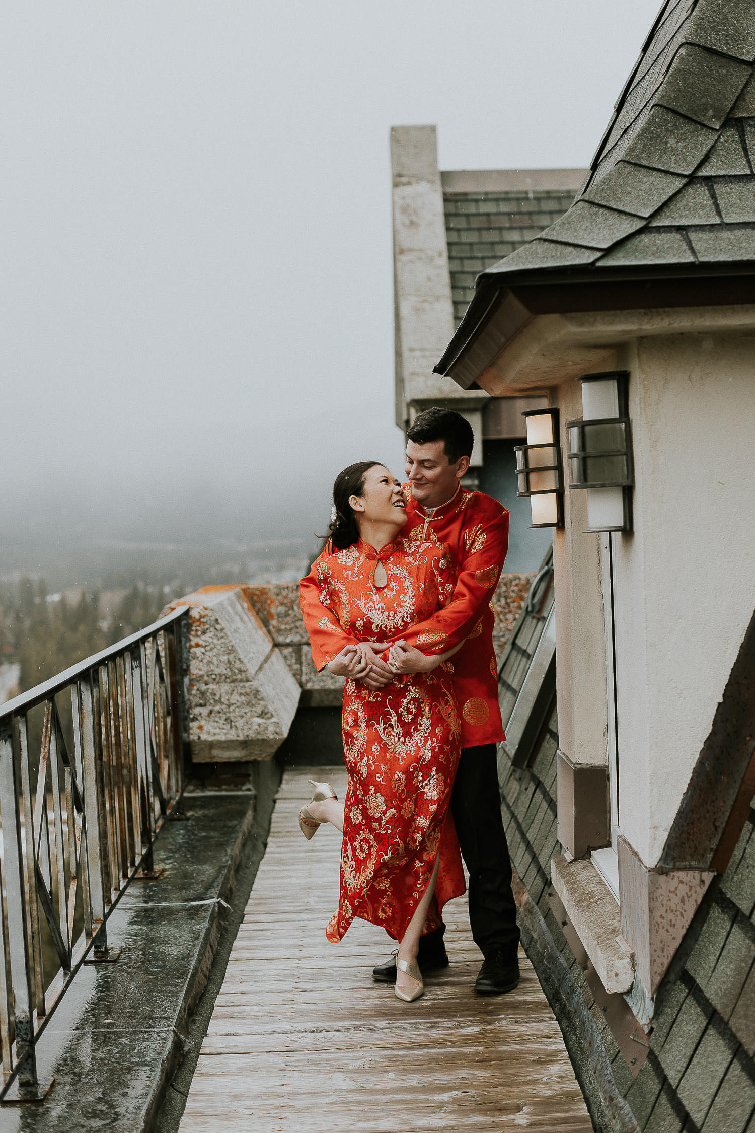 intimate-wedding-at-banff-springs-hotel-sarah-pukin-0224